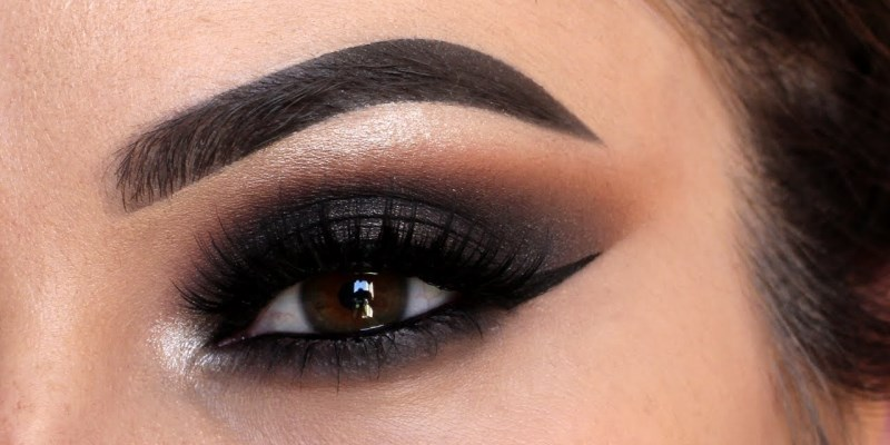 Get More Expressive Eyes with the Smokey Eye Makeup Tips
